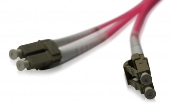 LWL Patchkabel LC/UPC - LC/UPC OM4 - 2,0 mm x 4,0 mm