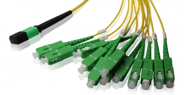 LWL Fanout Kabel MPO/APC - SC/APC OS2